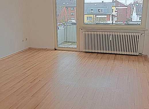 Schöne helle 3 Zimmerwohnung in ruhiger Lage mit Balkon!!!