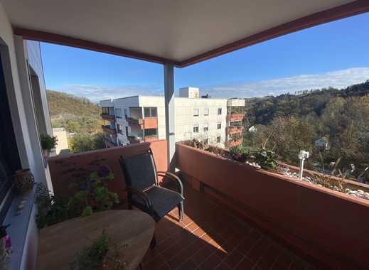 Moderne 2 Zimmerwohnung mit großem Balkon EBK und TG-Stellplatz