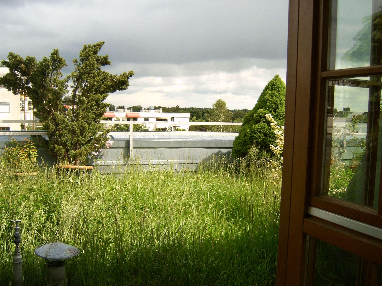 Wohnung mit Dachgarten und Dachterrasse, Miete VB in Perlach (München)