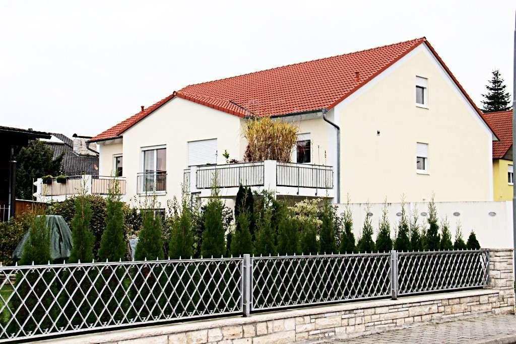 Sehr schöne Wohnung mit großem Balkon im Süden von Ingolstadt