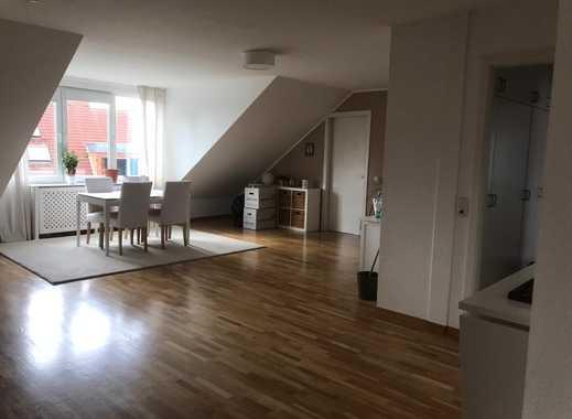 Schöne helle DG- Wohnung  in Bonn Röttgen