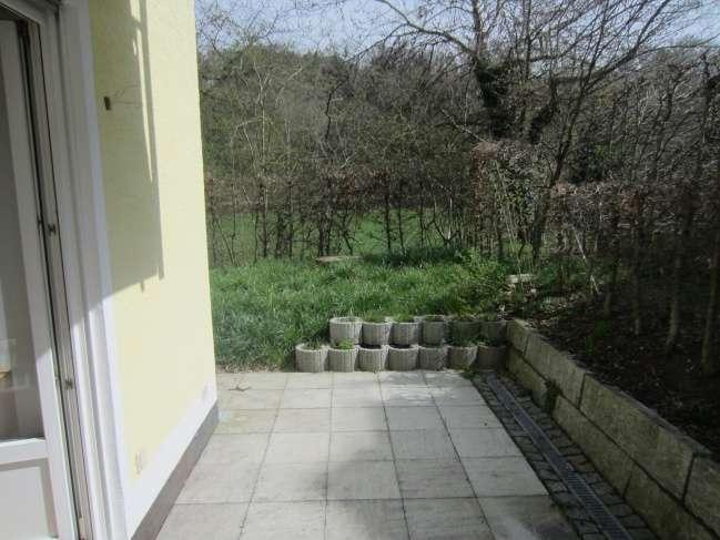 Wunderschöne 1,5-Zimmerwohnung mit eigenem Garten in Kumhausen