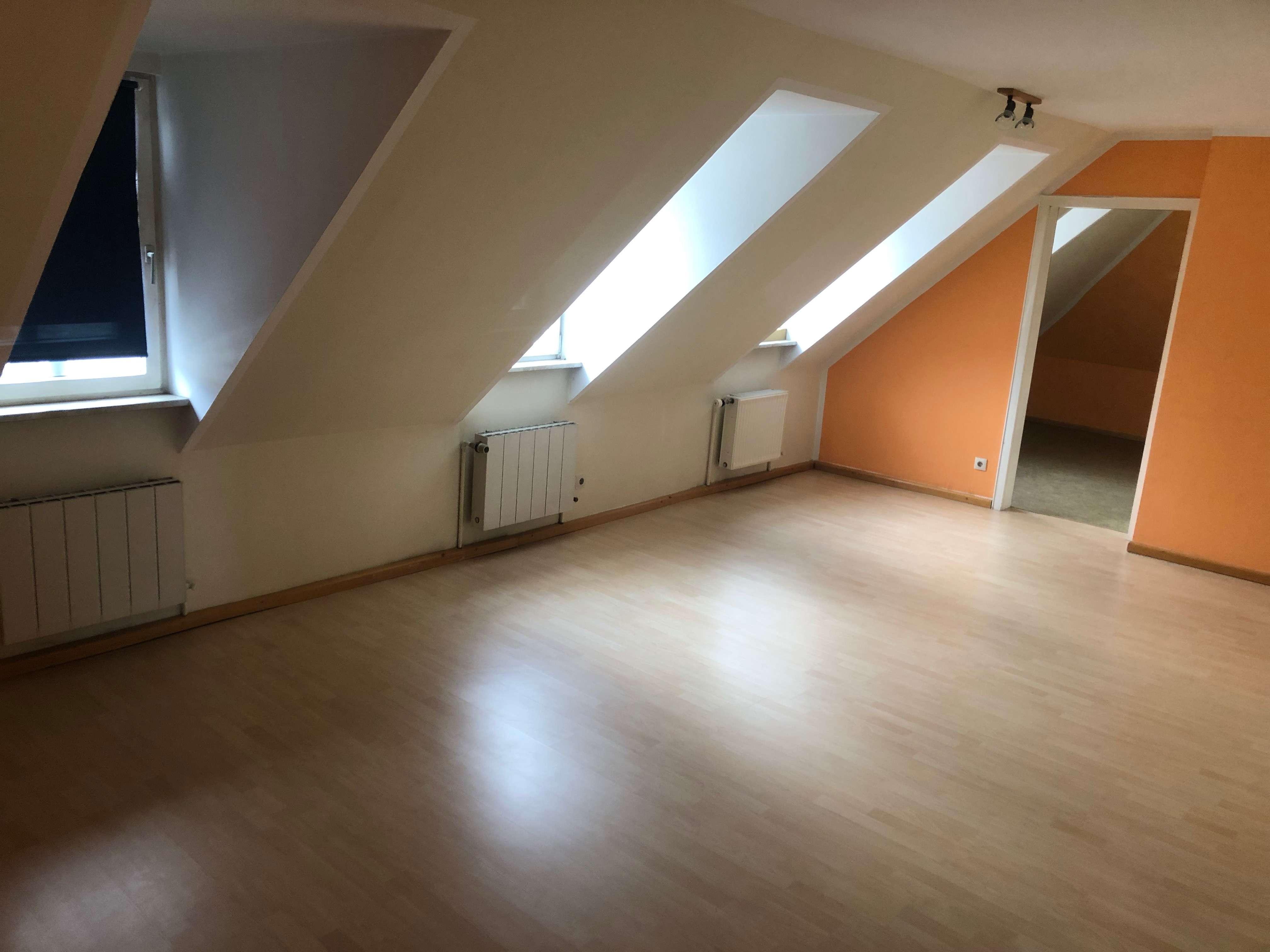 Schöne 3-Zimmer-Wohnung im DG in Coburg-Zentrum (Coburg)