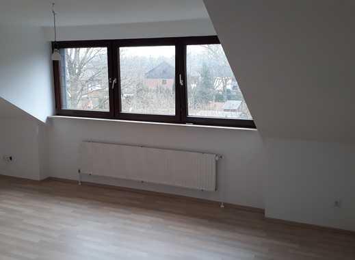 Ansprechende, vollständig renovierte 2,5-Zimmer-DG-Wohnung zur Miete in Essen