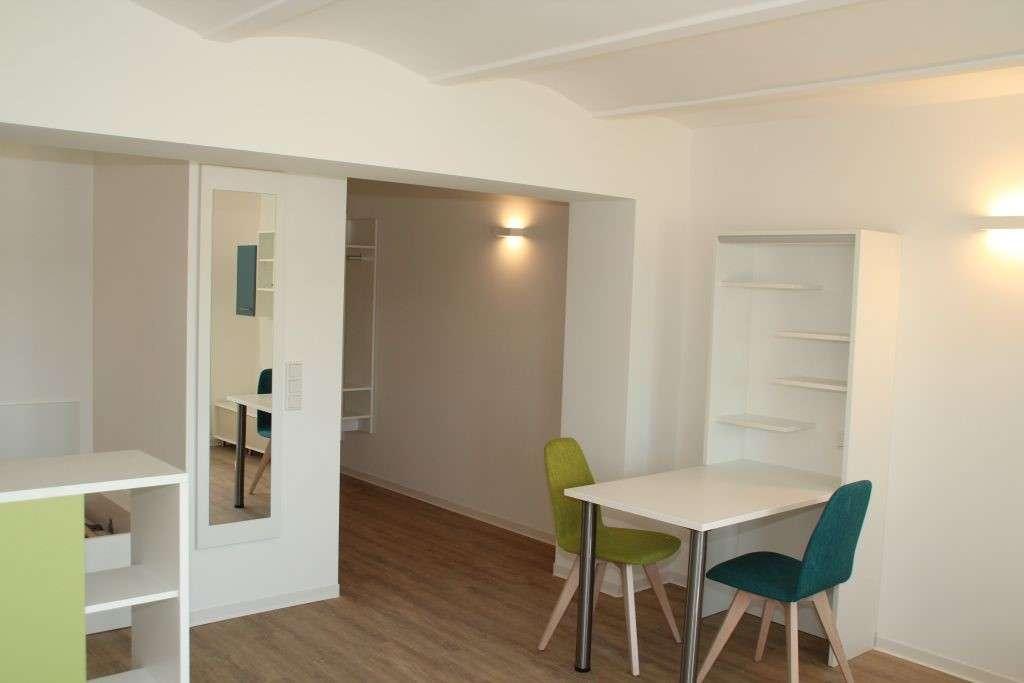 Helles, modernes möbliertes 1-Zimmer-Microapartment Nürnberg Zollhof in Tafelhof (Nürnberg)