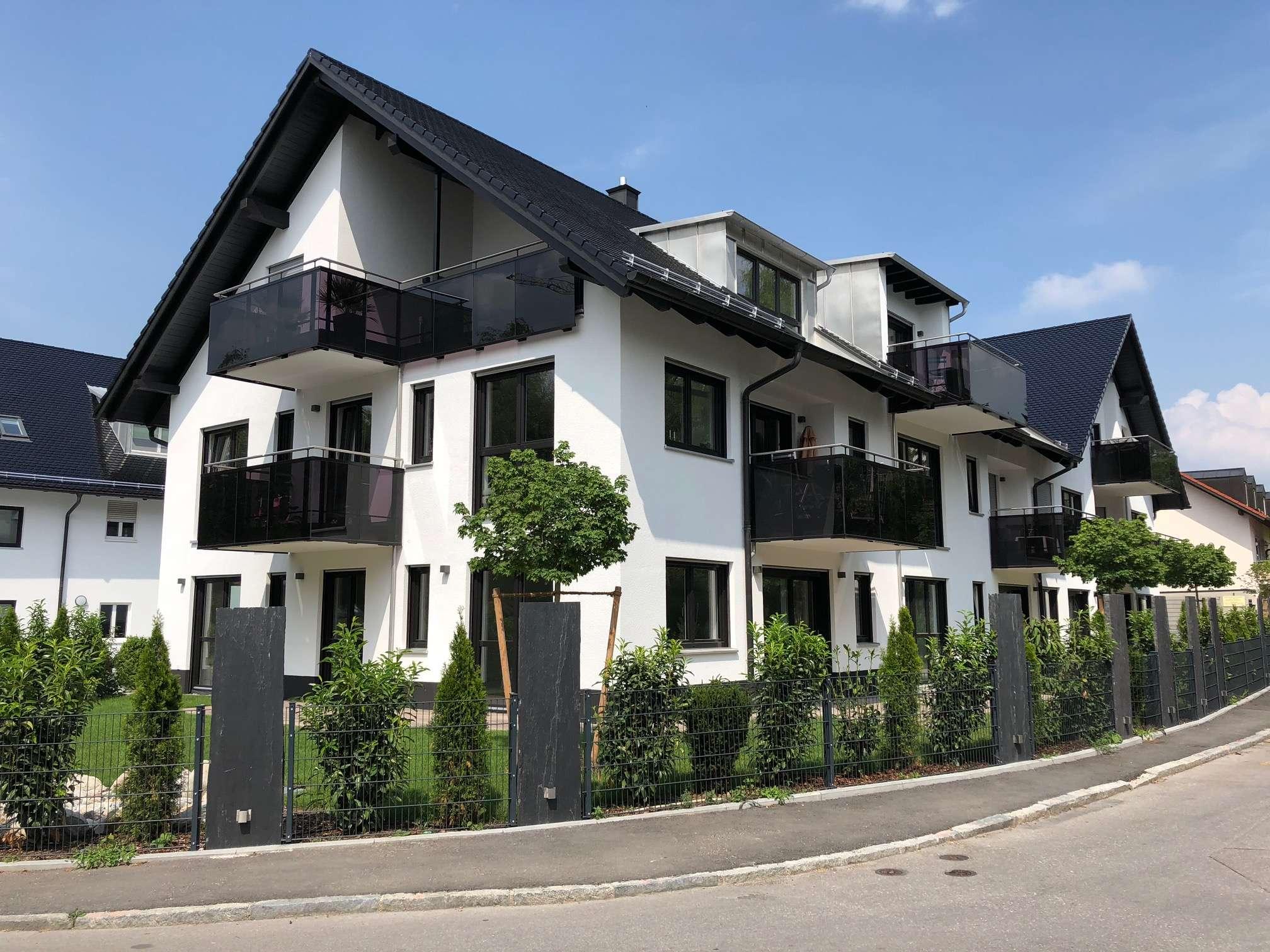 WOHNEN AM GLEIßBACH- 4 Zimmer Wohnung in BESTER Lage in Ismaning
