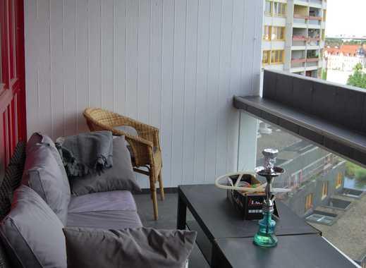 Schicke Wohnung- WG geeignet mit hochwertiger Einbauküche
