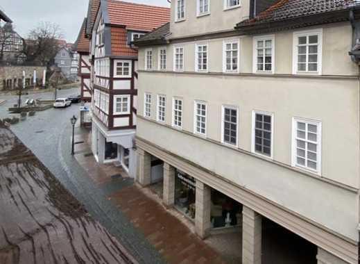 Lichtdurchflutete 4-ZKBB-Wohnung