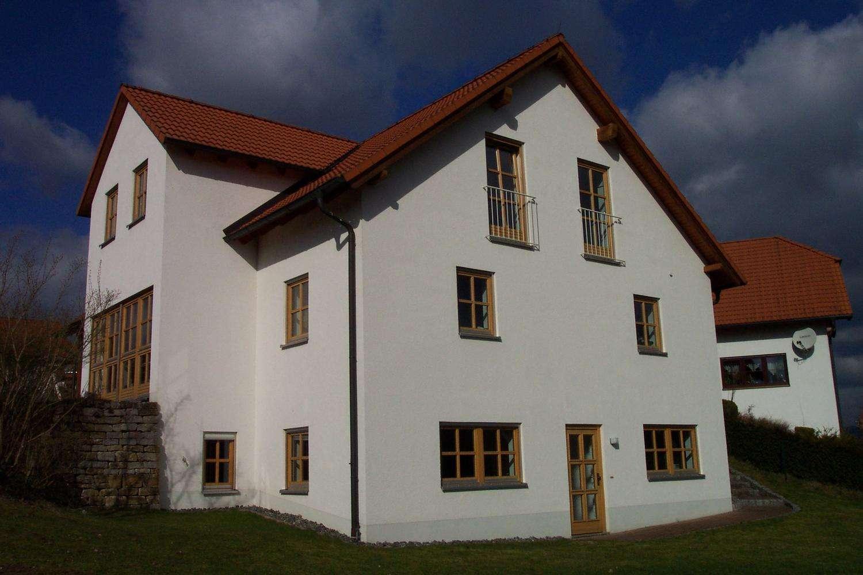 Ruhige 2-Zi-Wohnung für Wochenendheimfahrer; Nähe Kulmbach in Stadtsteinach