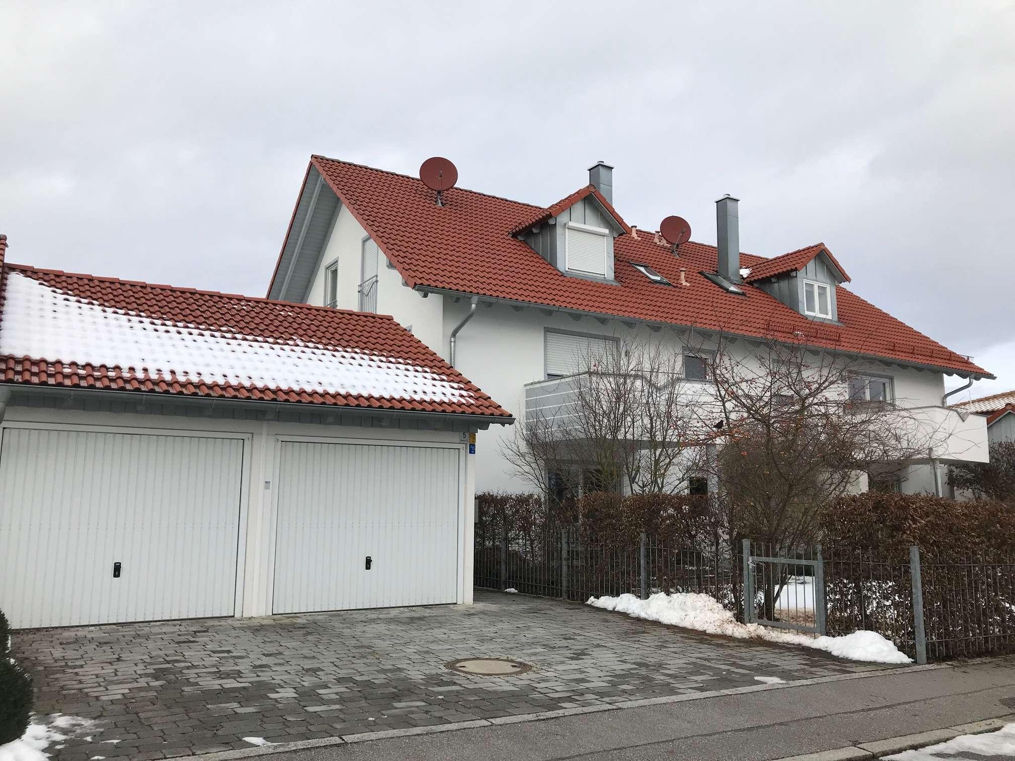 Gepflegte 4,5-Zimmer-Wohnung mit Balkon in Essenbach