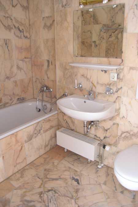 1ZKB - Besonderes Wohnen im Wasserschloss Gebelkofen in Obertraubling