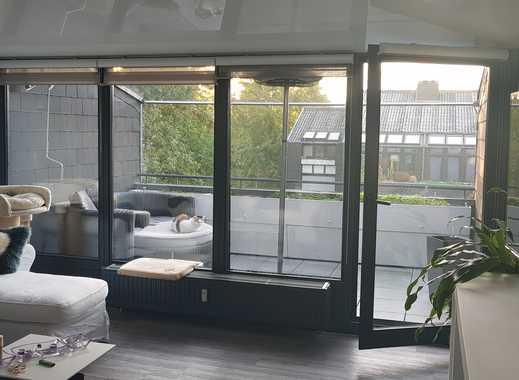 Möblierte Moderne Splittlevel Wohnung Mit Kamin