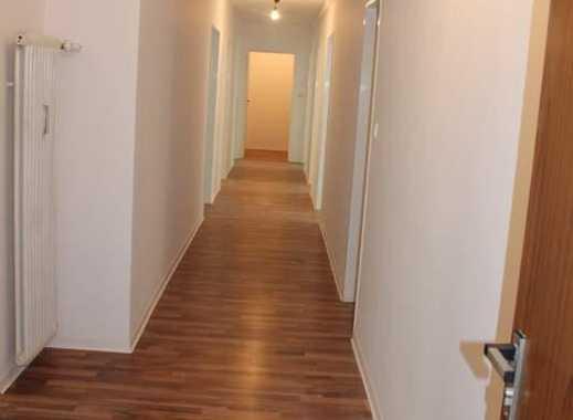 +++Provisionsfrei!! Sofort verfügbar- 6 Zimmer, Küche, Bad, Balkon, Abstellraum mit 130 m², auf W...