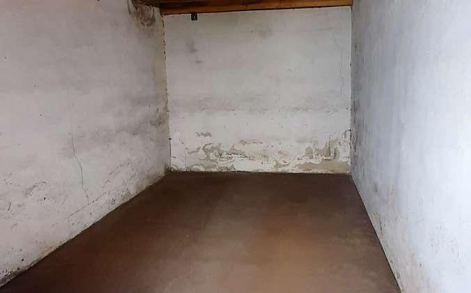 Garage 02