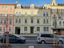 Frisch renovierte sonnige zentrale 4-Raum-Wohnung