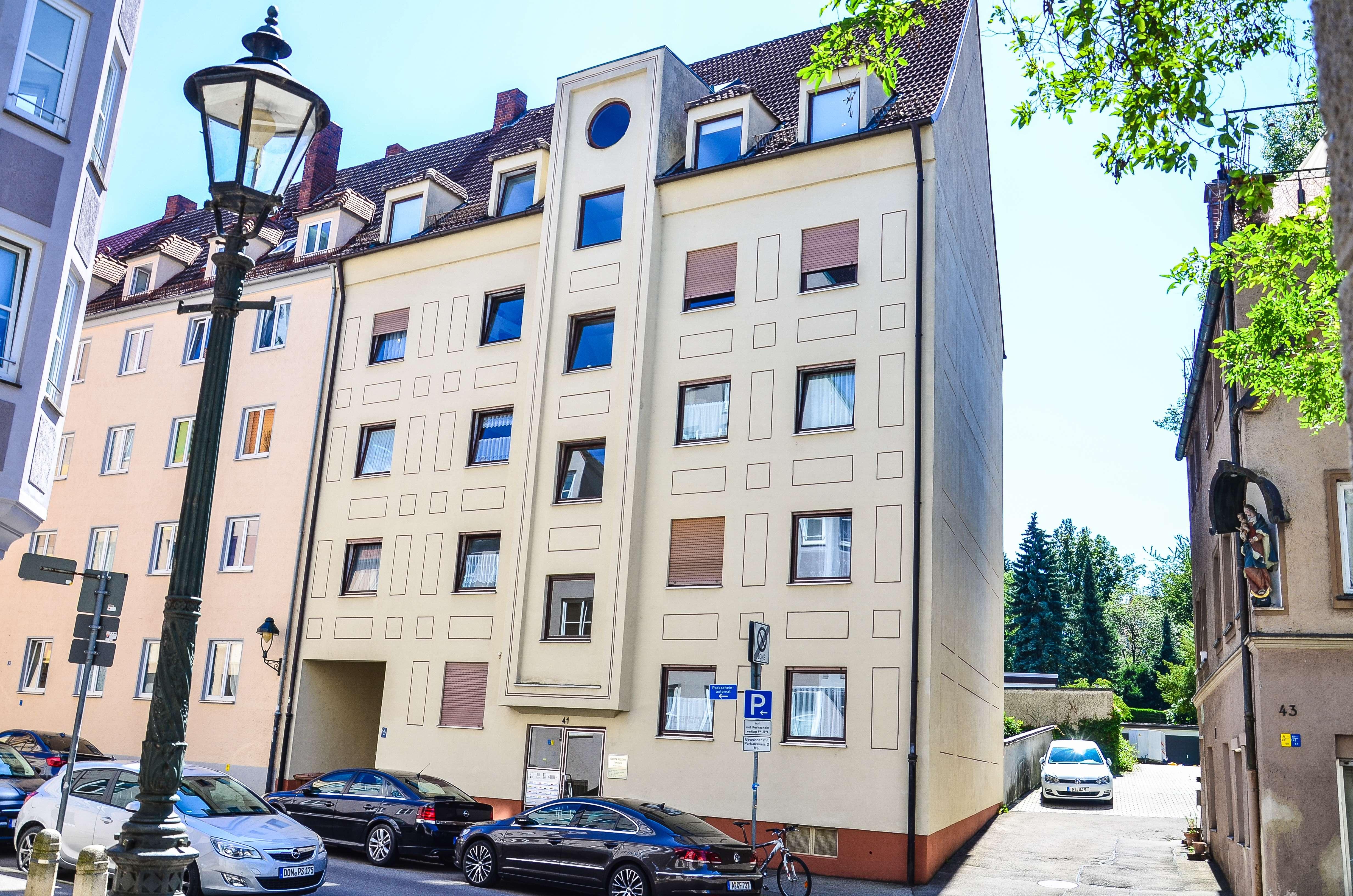 Ruhige, gepflegte 2-Zimmer-Wohnung mit EBK in Augsburg in Augsburg-Innenstadt