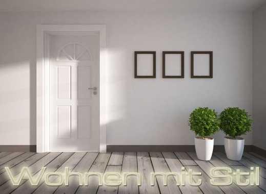 Wunderschönes EFH, ca. 320 m² Wfl., 6 Zi., großes Grundstück, Schwimmbad, Garage + ELW mit 2 Zi.