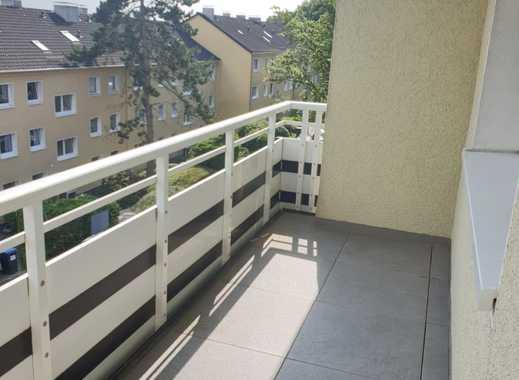 Modernisiert, geräumig, mit Balkon