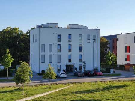Große Mietwohnung mit Balkon und Aufzug in zentrumsnaher Lage in Südost (Ingolstadt)