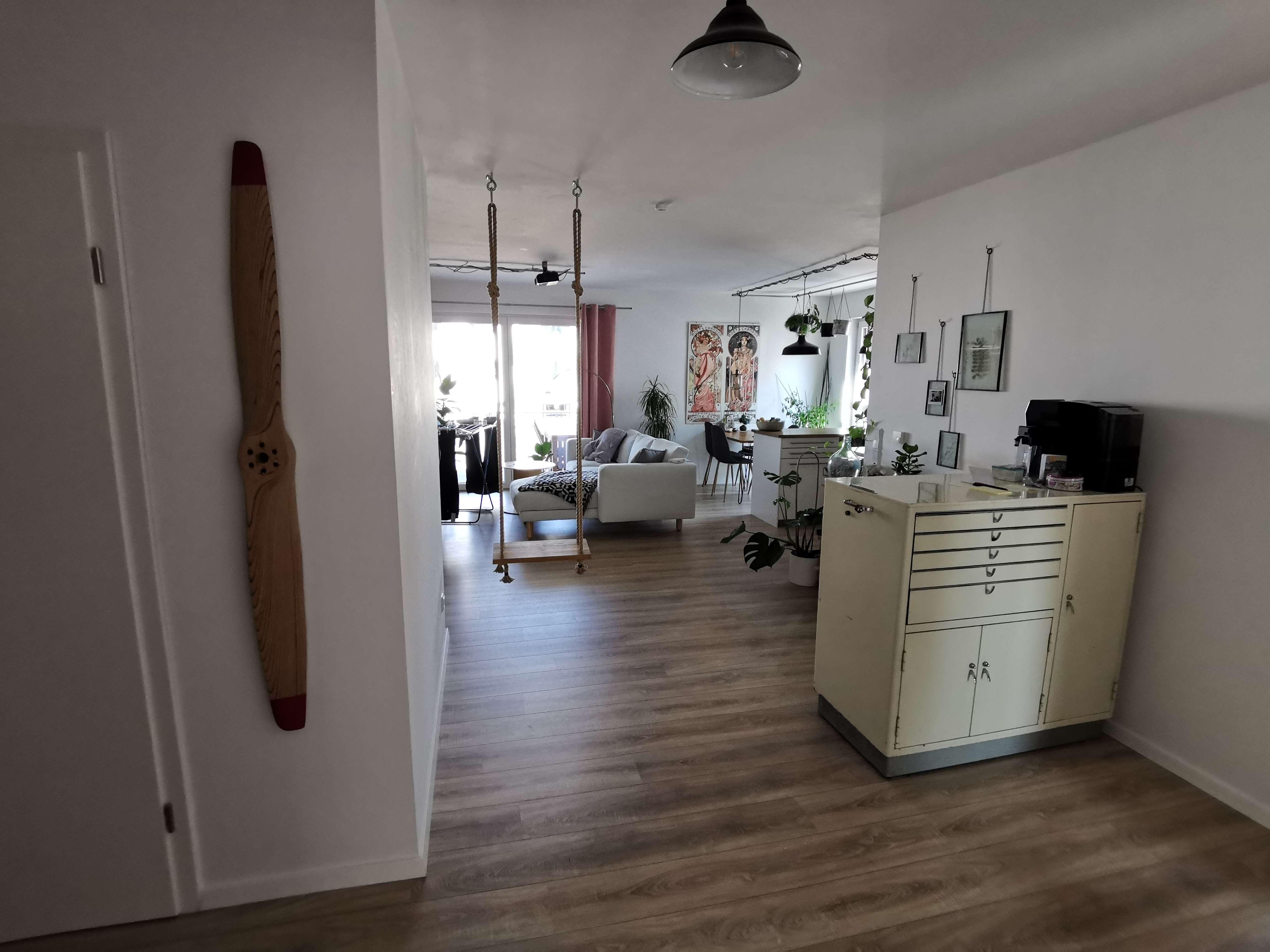 helle, offene 3-Zimmer-Wohnung mit großem Balkon in Aschaffenburg in