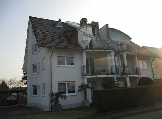 Lichtdurchflutete Maisonette-Wohnung mit großem Dachstudio in Top-Lage von Bonn-Ückesdorf
