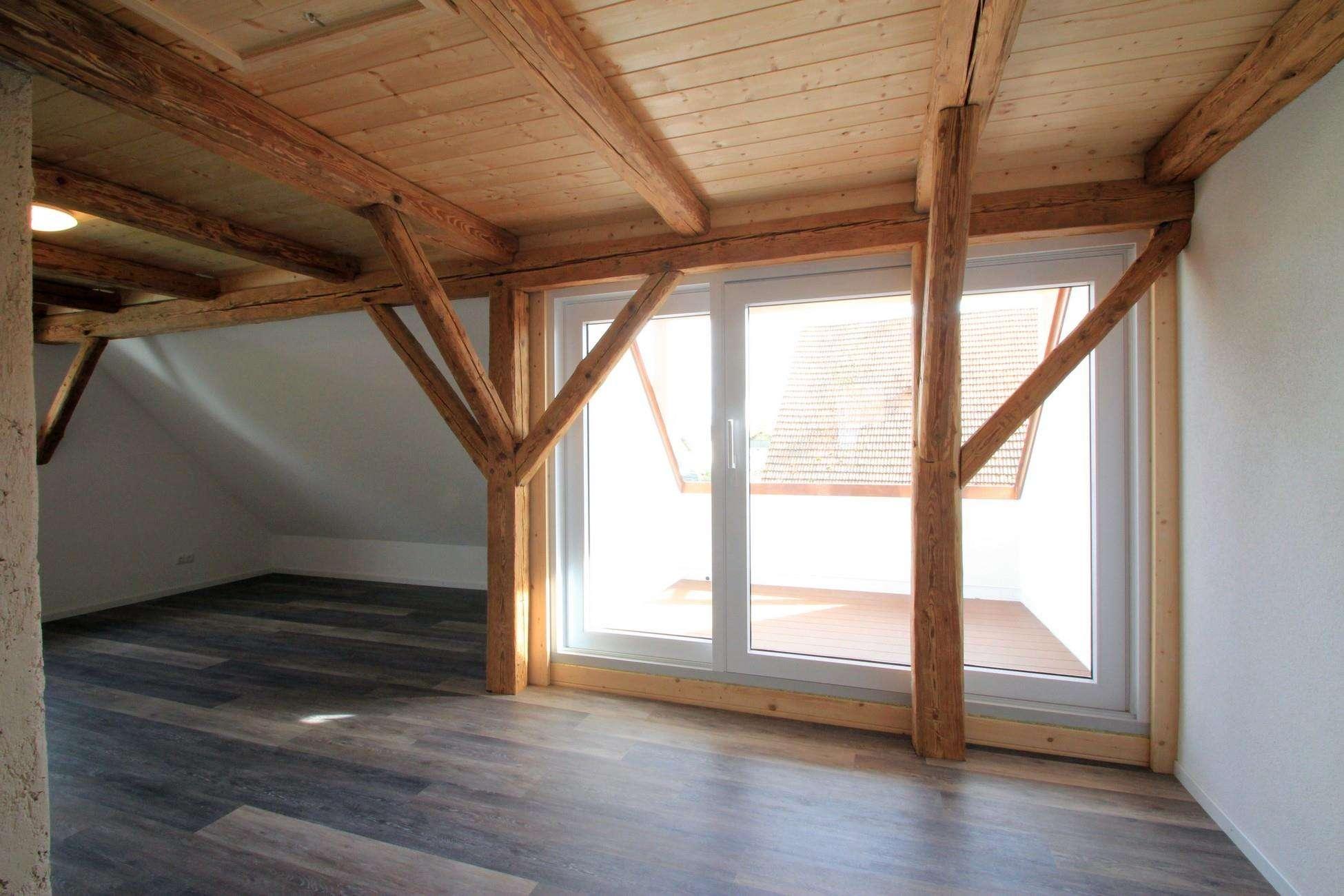 ***Altes Holz trifft Moderne*** Maisonettewohnung zum Erstbezug in