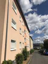 2 5 Zimmer-Wohnung mit Balkon