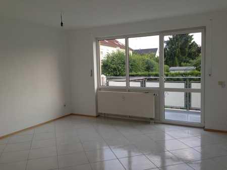 Helle, ruhige 3-Zimmer Wohnung mit großem Balkon in Top Lage Diedorf Lettenbach in Diedorf