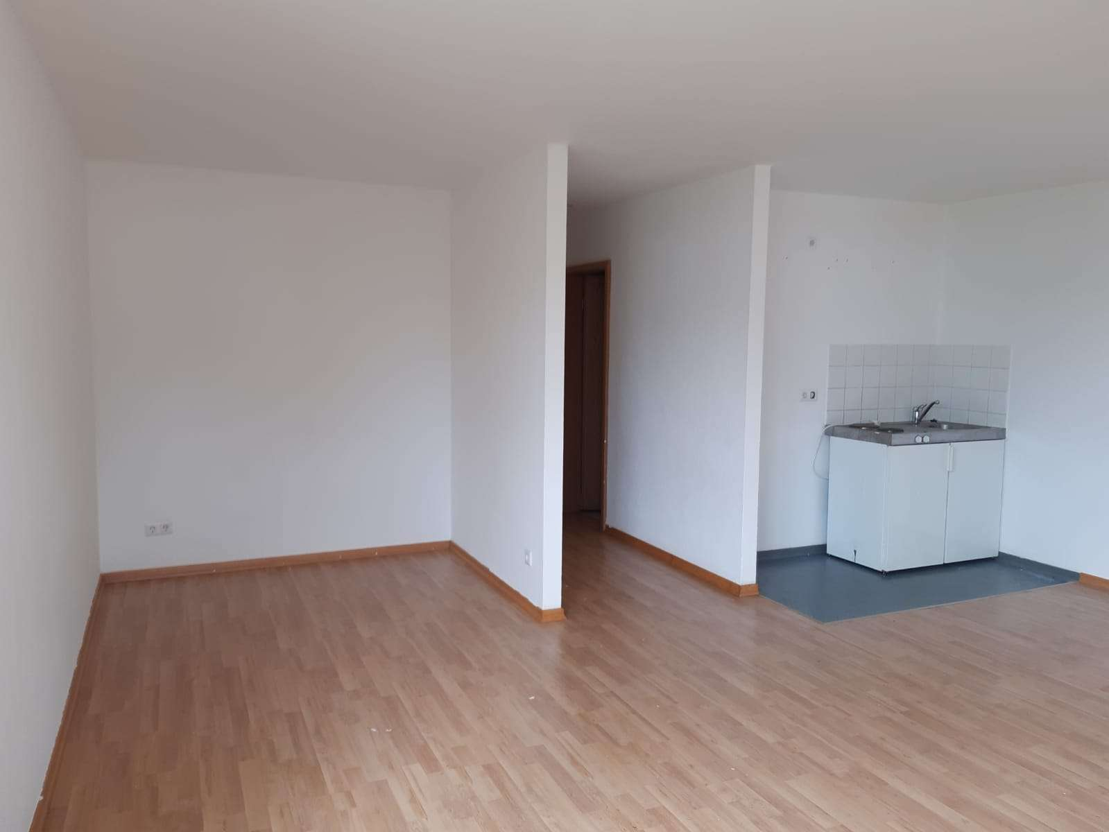 Helles 1-Zimmer-Apartment in zentraler Lage von Hof in