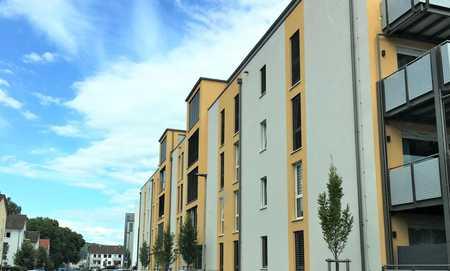 CITY-LIVING der Extraklasse! Top-Wohnung mit Schlossblick und großem Südbalkon! in Damm (Aschaffenburg)