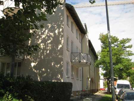 sonnige 3 Zi.-Wohnung mit  Wintergarten in Freising