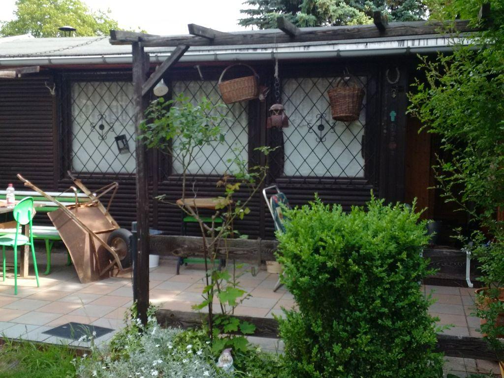 Schönes Gartenhaus schönes wochenendgrundstück mit gartenhaus in kamenz sucht käufer