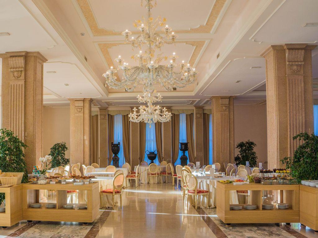 villa-cortine-palace-949552_19