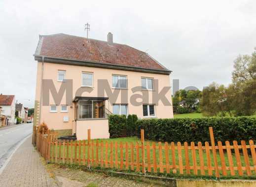 Zwei Häuser in Einem: 7-Zi.-ZFH mit Garten, Terrasse und Balkon