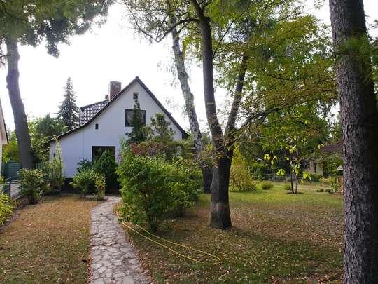 Beeindruckendes Wohnhaus am Rangsdorfer See - Bild 24