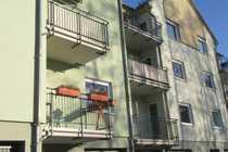 Helle Wohnung mit Balkon und