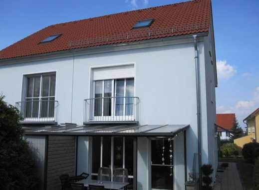 Neuwertiges Einfamilienhaus in bevorzugtem Apoldaer Wohngebiet - TOPLAGE am Ortsausgang nach JENA