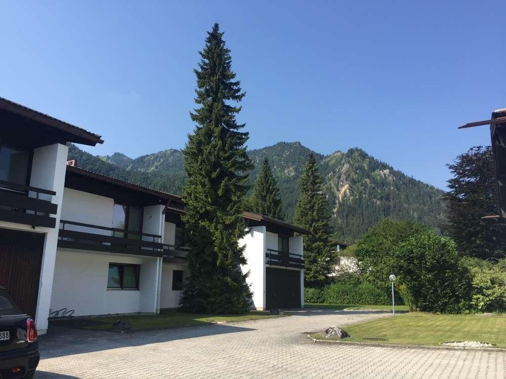 Großzügige Erdgeschosswohnung in ruhiger Wohnlage