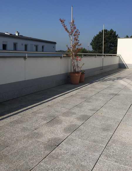 Neuwertige KfW 70 Wohnung mit großer Dachterrasse in Friedrichshofen (Ingolstadt)