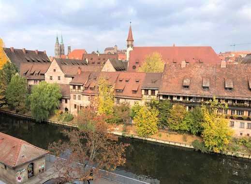 Exklusive Galerie-/ Maisonettewohnung inkl. Sauna und Loggia mit Blick auf die Nürnberger Burg!