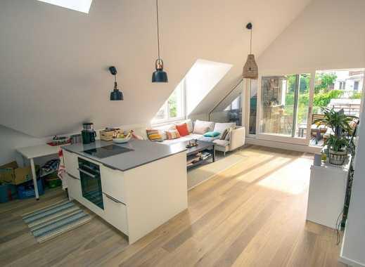 Wunderschöne, offen geschnittne Dachgeschosswohnung mit zwei Terrassen im Norden von München