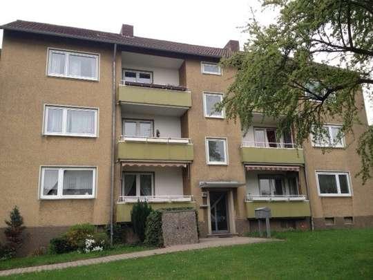 hwg - Für die kleine Familie! Schöne 3-Zimmer Wohnung mit Balkon in grüner Lage!