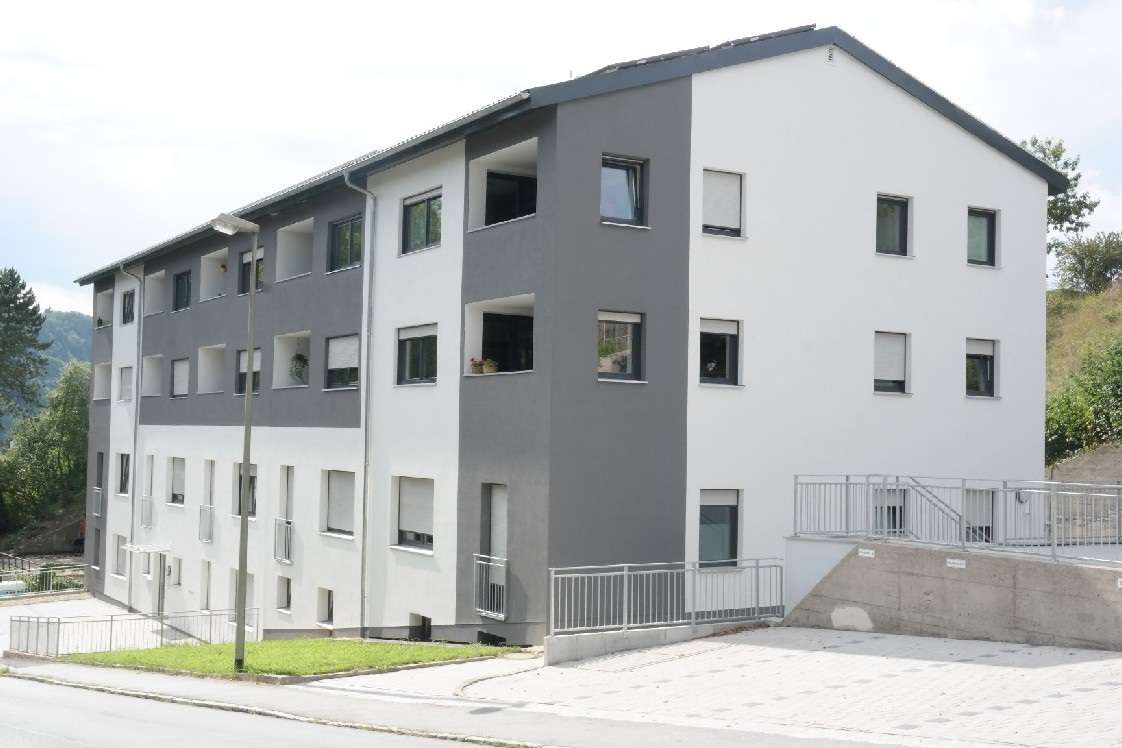 Moderne 2 Zimmerwohnung, inkl. Einbauküche, zentrumsnahe