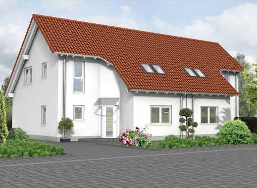 Ruhig und dennoch verkehrsgünstig? DHH mit Keller, 628 m² Grund, KfW55 n. EnEV2016!!