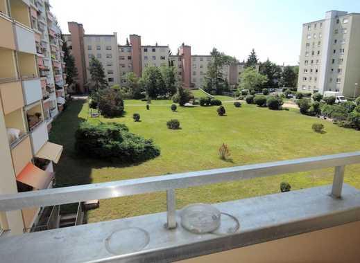 7 9. 9 0 0,- für 25 qm Apartment + SONNEN- BALKON mit Blick zur Grünanlage + LIFT in Fürth RONHOF