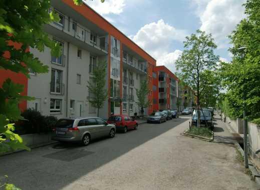Kurzzeitmiete: 4-Zimmer Garten-Maisonette-Wohnung mit TG-Stellplatz im Scharnhauser Park
