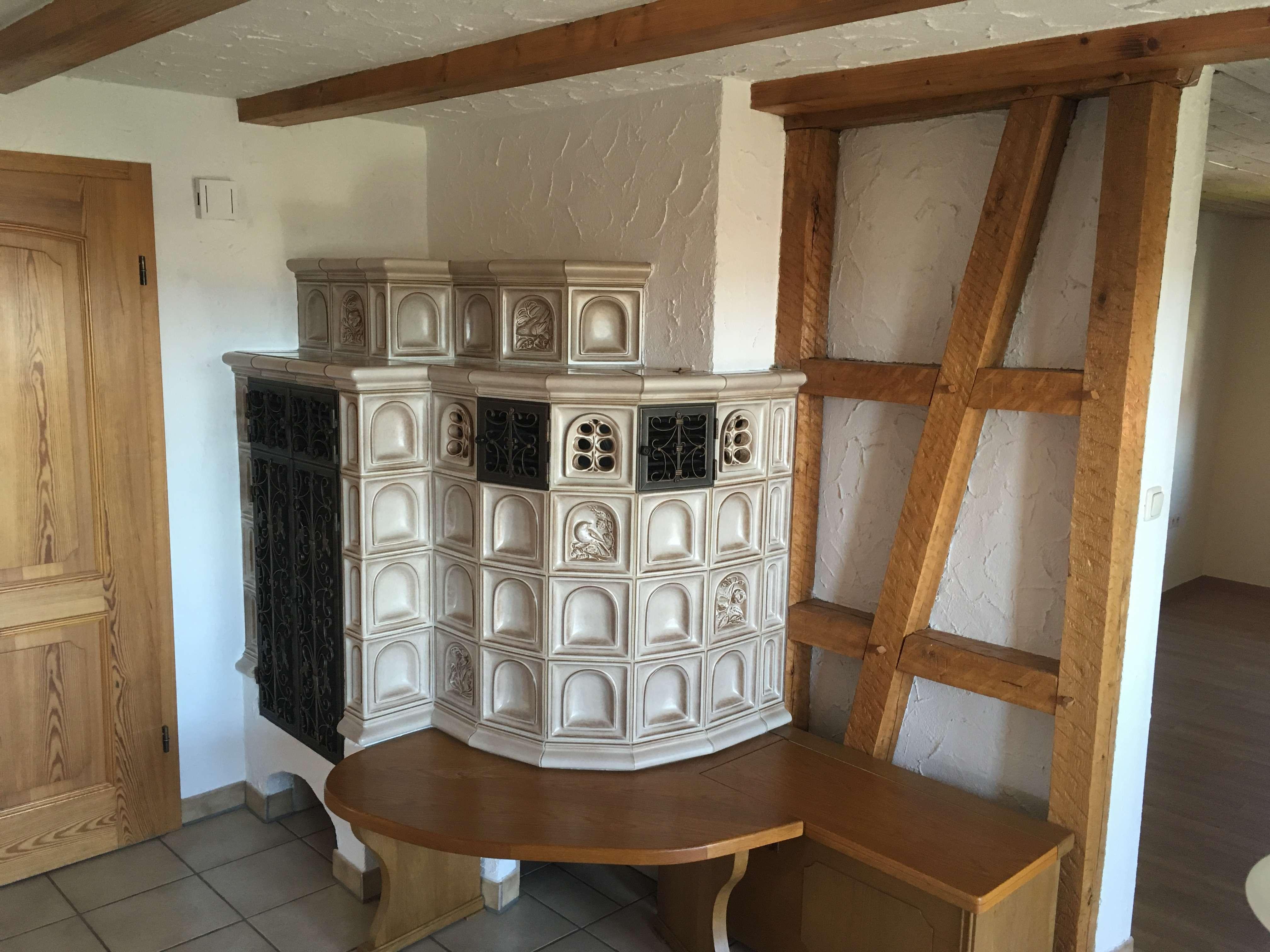 Exklusive 3,5-Zimmerwohnung mit Fernblick ins Saaletal