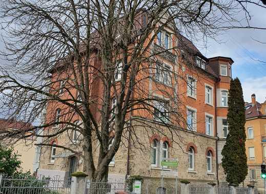 Stilvoll modernisiert!! 5 Zi-Etagen-Wohnung mit Charme und viel Platz in der RT-Oststadt