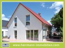 Exklusives und neuwertiges Einfamilienhaus in