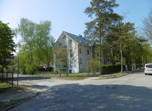 Erstbezug nach Sanierung: schöne helle 2-Zimmer-Hochparterre-Wohnung mit Balkon in Eichwalde
